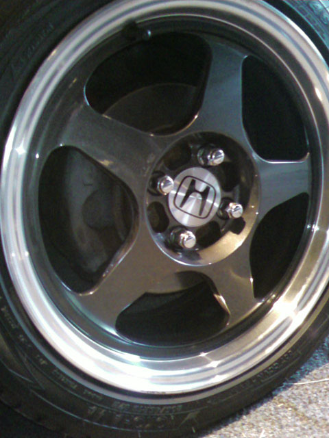 Will OEM Honda Center-Caps fit in Rota wheels???? - Honda ...