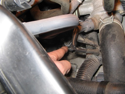 b series speed sensor cable help 1996 civic honda tech you can see here it s sort of below and back from the thermostat housing